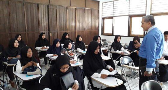 Monitoring Ujian Tengah Semester (UTS)