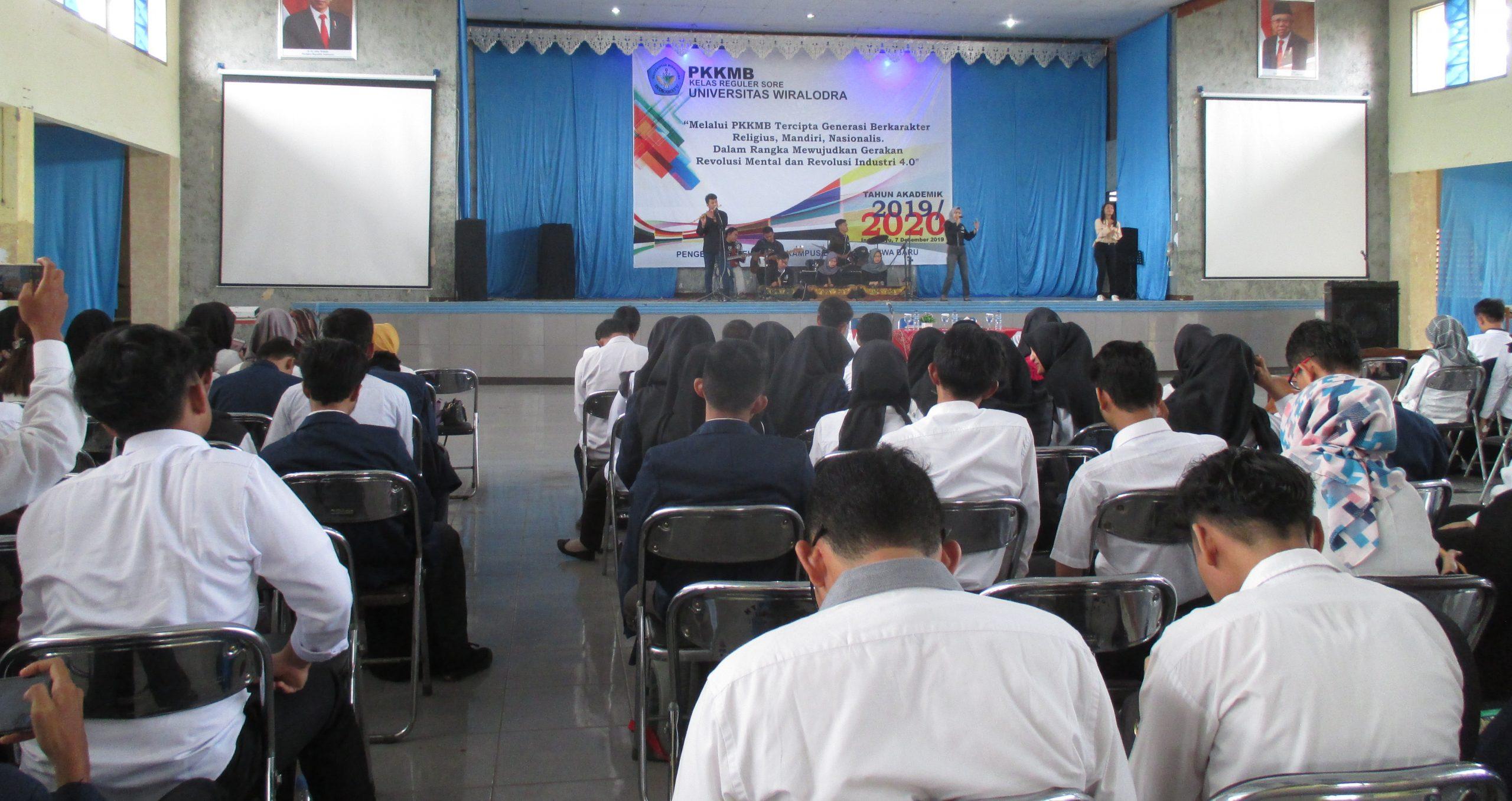 PKKMB Reguler Kelas Sore berlangsung di Aula Nyi Endang Dharma
