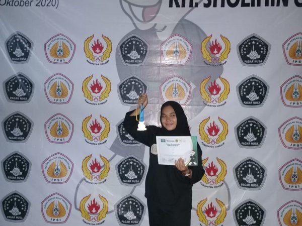 Maya Raih Medali Perak dalam Gelaran Kejurcab Pencak Silat Pagar Nusa KH Sholihin Cup ke 2 tahun 2020